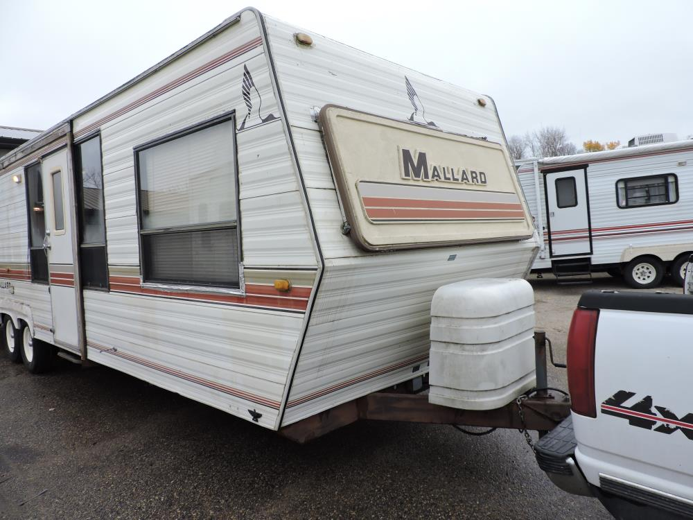 1985  Mallard 28 FK Travel Trailer