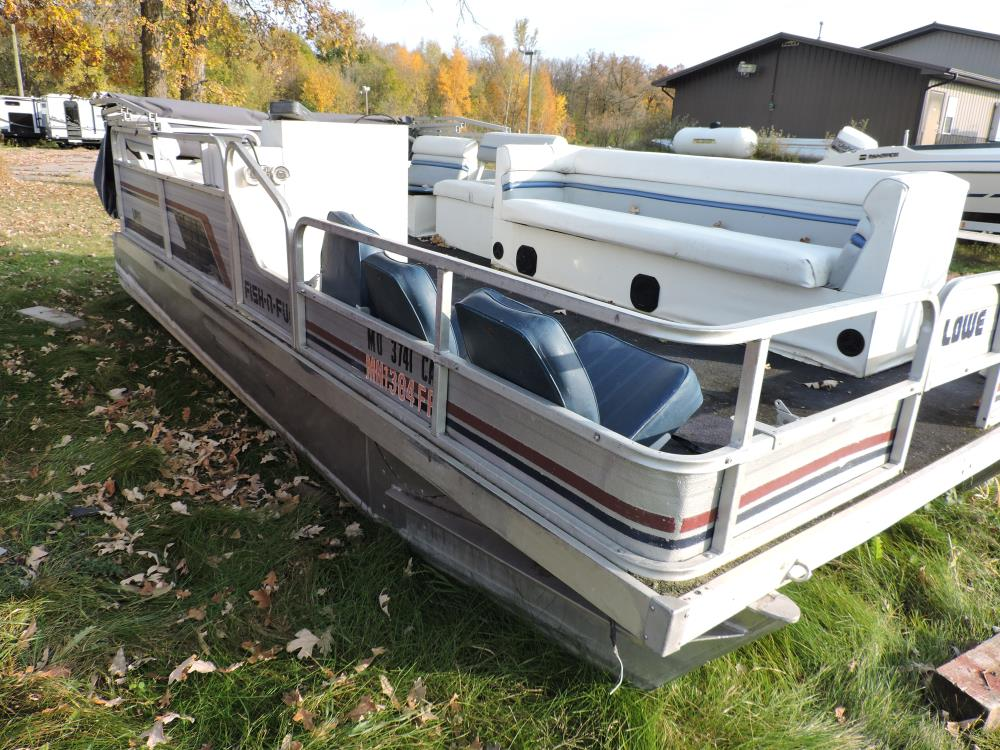 1986 Lowe Pontoon Fish N Fun  18ft.